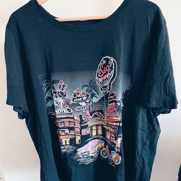 brandy melville inspired graphic tee!